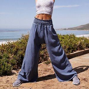 NWT Free People wide leg MIA Pant Small Blue